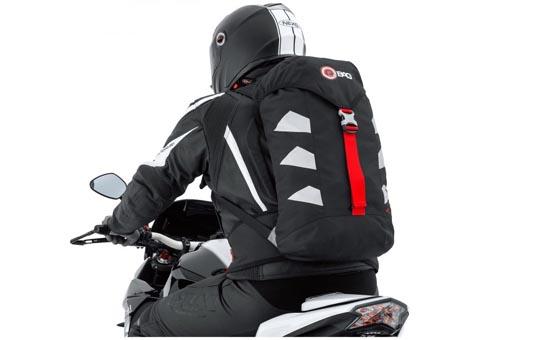 Edullinen reppu moottoripyöräilyyn